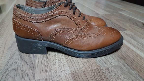 Дамски обувки от естествена кожа. Номер 37,5.
