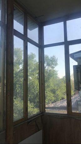 Стёкла, окна деревянные