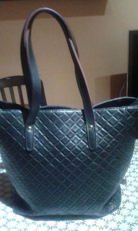 Черна чанта