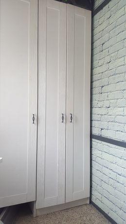 Шкаф (двери дерево)