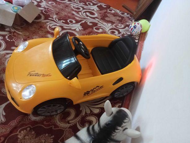 Продам машина детский