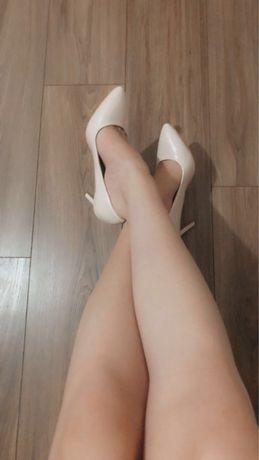 Pantofi eleganti din lac cu toc subtire model stiletto