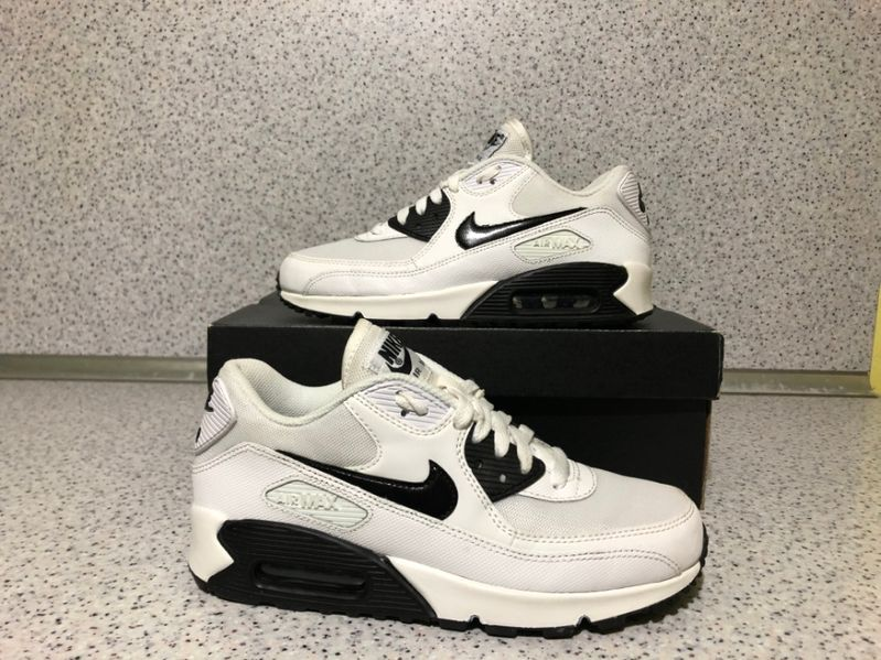 ОРИГИНАЛНИ *** Nike Air Max 90 Essential / White & Black гр. Бургас - image 1