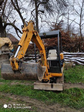 Vând mini  excavator 1,8t cu instalație de picon