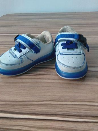 Детская обувь  для самых маленьких