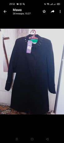 Новый пальто 44-46 размер 9000 тг