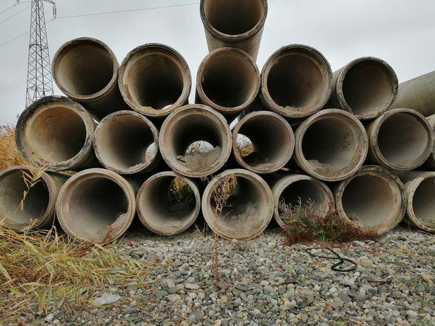 Vând tuburi din beton armat recuperate