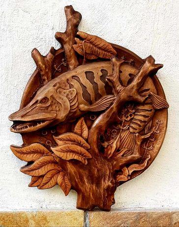Дърворезба, Рaзлични картини масив пано