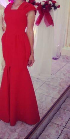 Вечерние платье для вечеринок