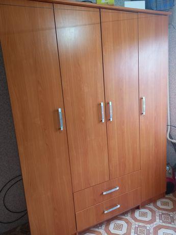 Продам шифонер прихожая маленький шкафчик