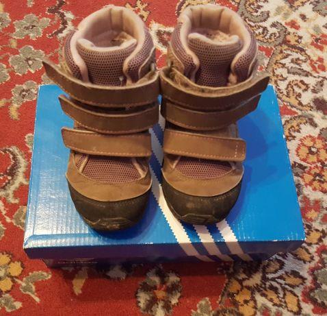 Детски зимни маратонки/ботушки Адидас (adidas) .Номер 23.5