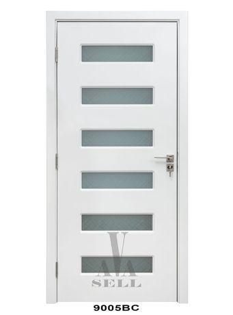БЯЛА ВРАТА СЪС СТЪКЛО, интериорна вътрешна врата от МДФ - 201см х 90см