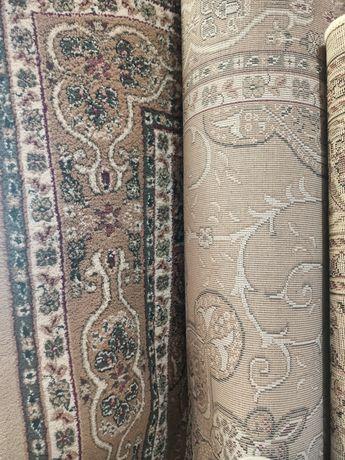 Продам ковры в отличном сост