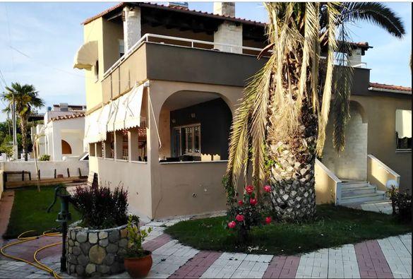 Вила Мелахринос пред плажа, 4 спални,Паралия Офринио,Кавала, Гърция