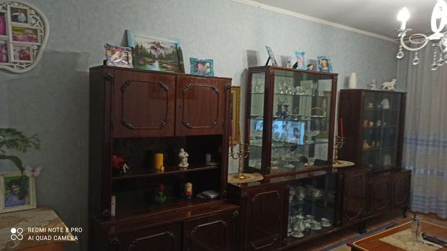 Продам 2х комнатную квартиру на 2 этаже в центре города с мебелью