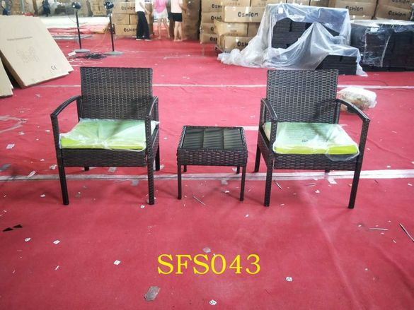 Градински комплект мебели от ратан за външни условия