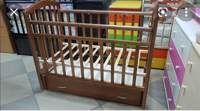 Продам срочно кроватку детскую