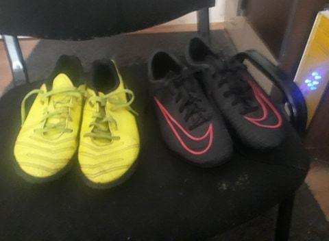 vand adidasi de fotbal Nike sala sintetic ,originali ,mar.33,5 si 35,5