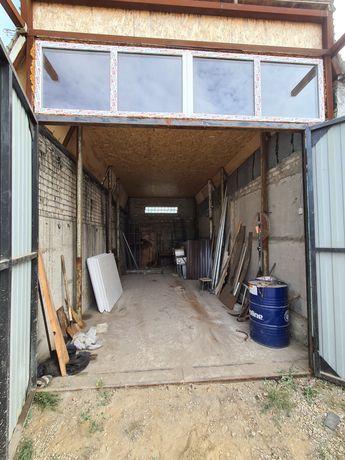 Срочно Бокс гараж большой  под грузовое авто центр вытяжка