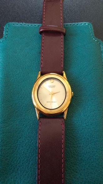 Дамски часовник Orient, кварцов, F05LHL-40CS