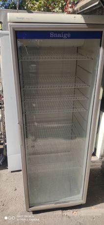 Холодильник Витринный