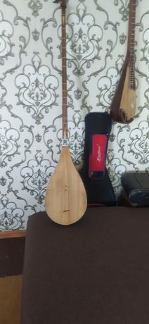 Музыкальный инструмент дутар уйгурский