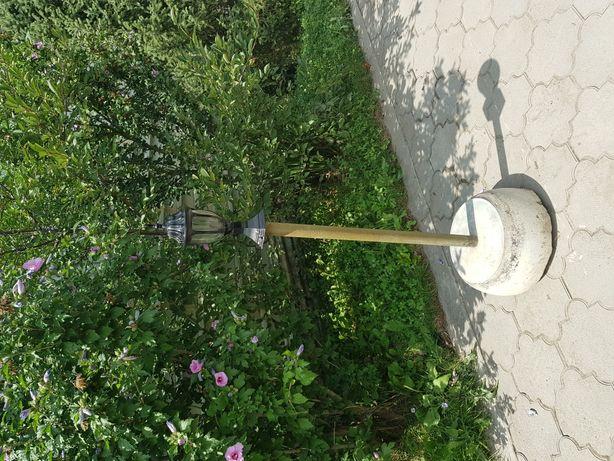 Продам подставки под садовые светильники