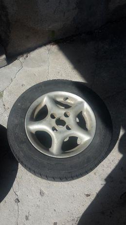 Продавам гуми с джанти 13 цола