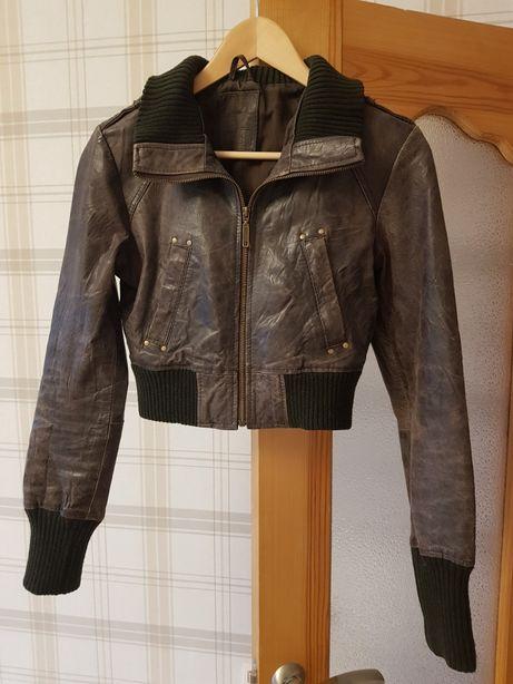 Продам кожаную куртку Bershka