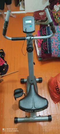 Тренажерный велосипед