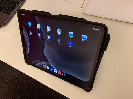 iPad Pro gen 4 12.9 inch 2020 256gb Wifi + Husa + folie paperLike