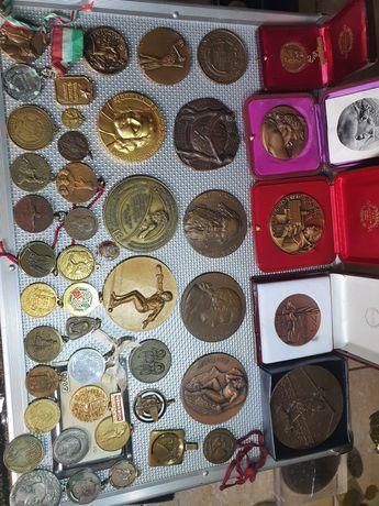 Medalii,insigne,decorațiuni vechi de colectie