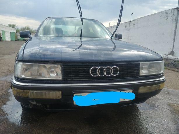 Продам машину Ауди 80