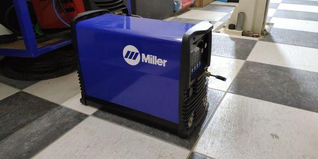 Miller maxstar 210 DX  usa .Аргонодуговой сварочный аппарат
