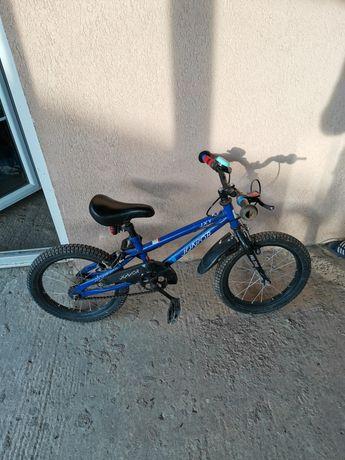 Vând bicicletă copii 3 ani +