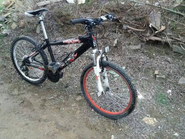 Bicicletă  X-Fact