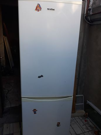 Combina  frigorifica  diferite mărimi funcționale