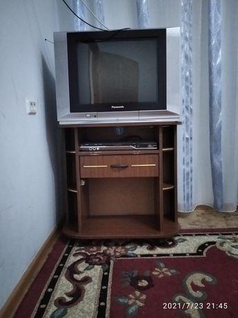 Продам телевизор двд плеер тумба под телевизор и двд диски