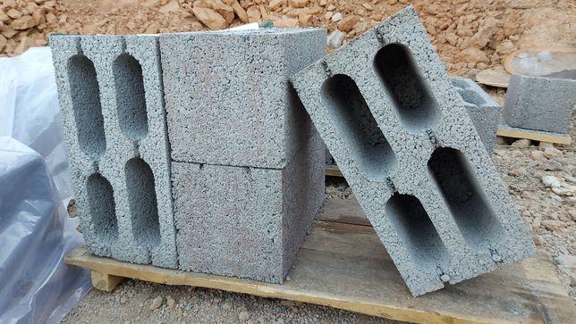 Универсальный блок кез келген қабырғаға арналған