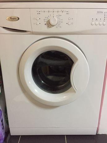 Vând/dezmembrez mașina de spălat defecta