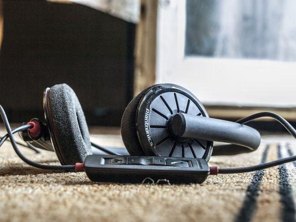 Професионални слушалки.