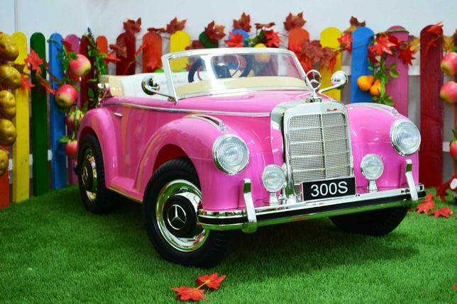Masinuta electrica pentru copii Mercedes 300S Oldtimer 12V 2x35W #Pink