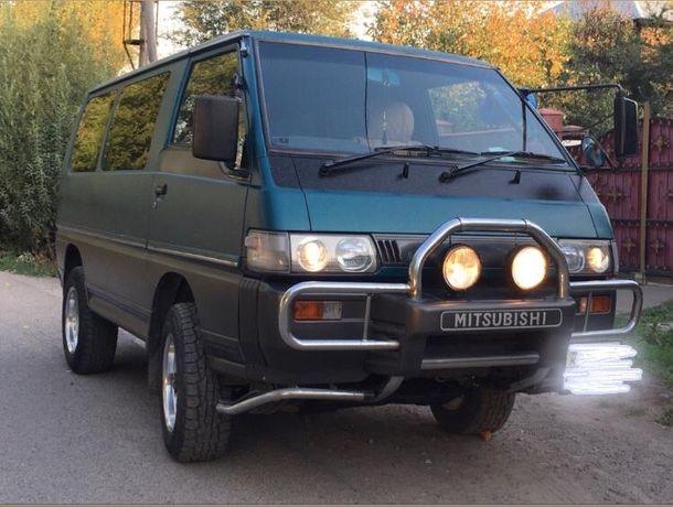Продам машину. Mitsubishi Delica.