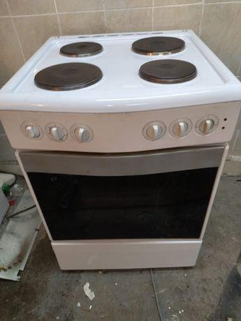 Продам электрическую плиты