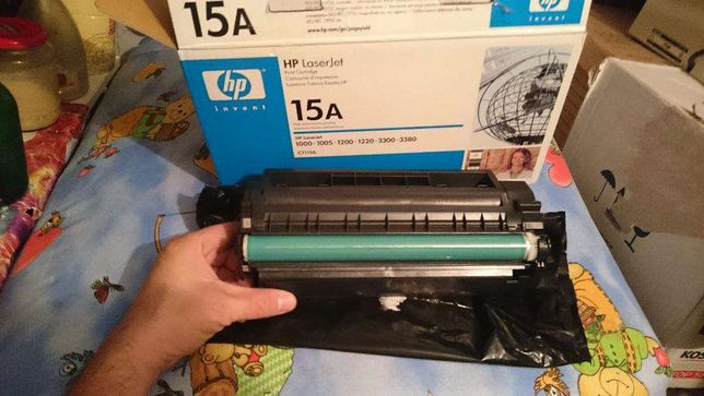 Cartus toner HP 15A