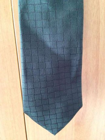 Cravata Valentino matase noua posibil cadou
