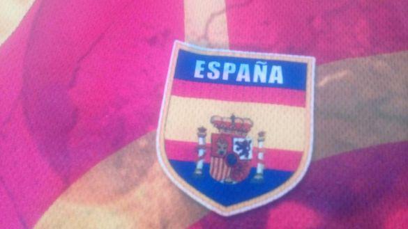 Оригинална нова тениска на Испания, колекционерска