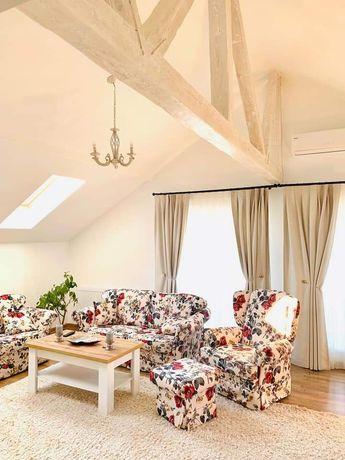 Apartament 3 cam 2 bai in vila, curte, parcare , ultracentral Otopeni