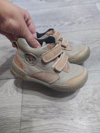 Обувь детская на осень 26 размер