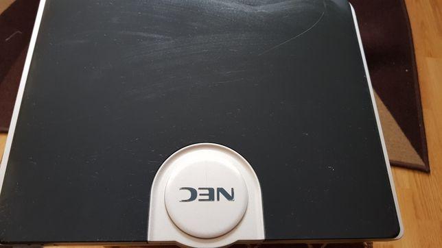 Vand sau Dezmembrez laptop Nec Versa F M400 in stare de folosință.